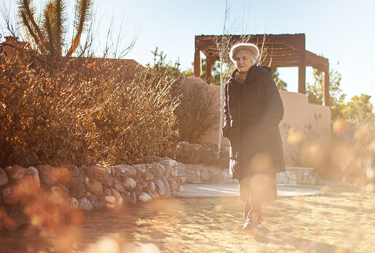 How to Prevent a Loved One with Dementia from Wandering - Bayshore