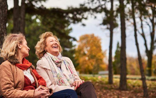À quel point les aînés au Canada sont-ils satisfaits de la vie?